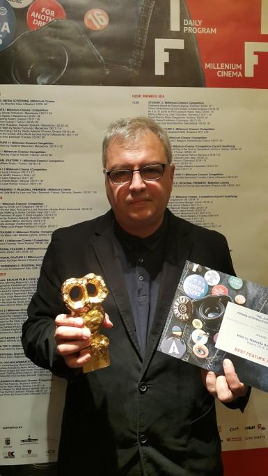 Stefan-Kitanov-with-Award.jpg